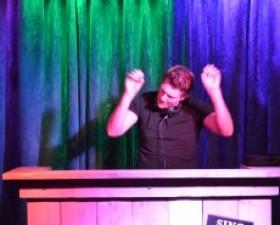 Foto's voorronde EDM DJ ..